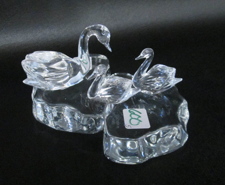 LENOX CRYSTAL ENCHANTED SWANS including two crysta