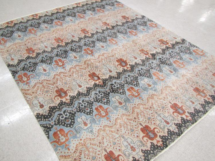A CONTEMPORARY HAND KNOTTED ORIENTAL CARPET, India
