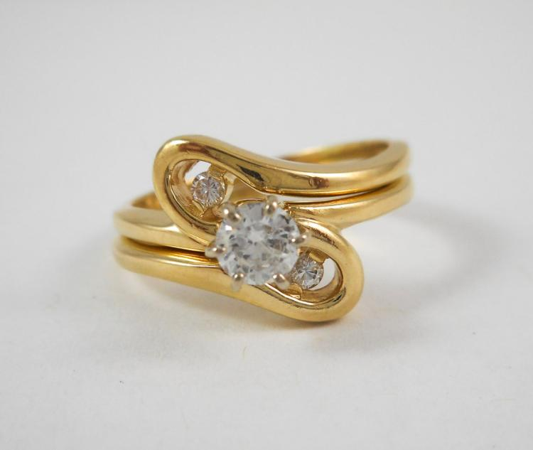 DIAMOND AND FOURTEEN KARAT GOLD WEDDING SET, inclu