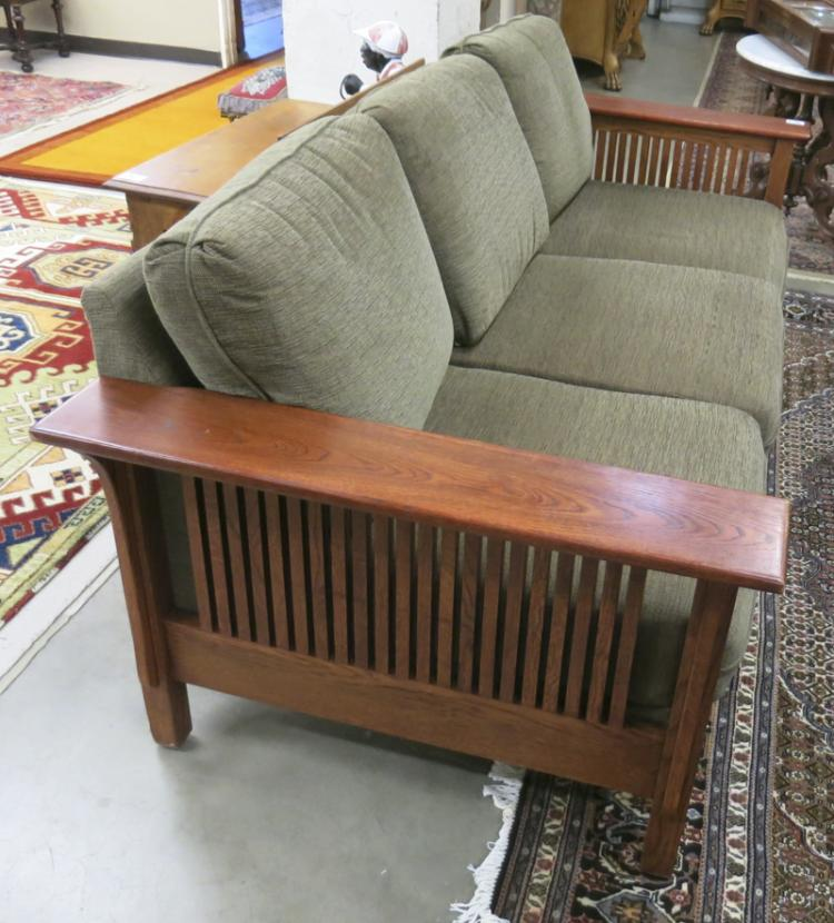 Lot Craftsman Style Oak Sofa American Made Recent Pr