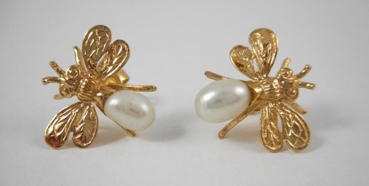 PAIR OF PEARL AND FOURTEEN KARAT GOLD EARRINGS, ea