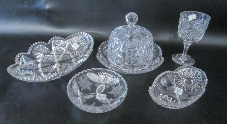 FIVE PIECES CUT CRYSTAL TABLEWARE including a cove