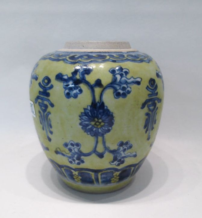 CHINESE PORCELAIN GINGER JAR, with blue floral and