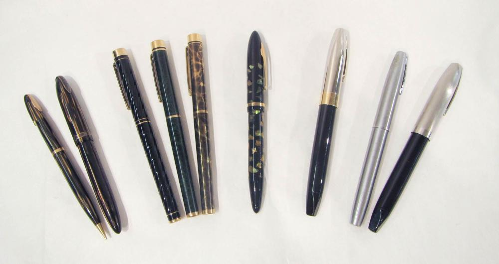 "Lot 320: COLLECTION OF NINE SHEAFFER PENS/PENCILS: ""Legacy"