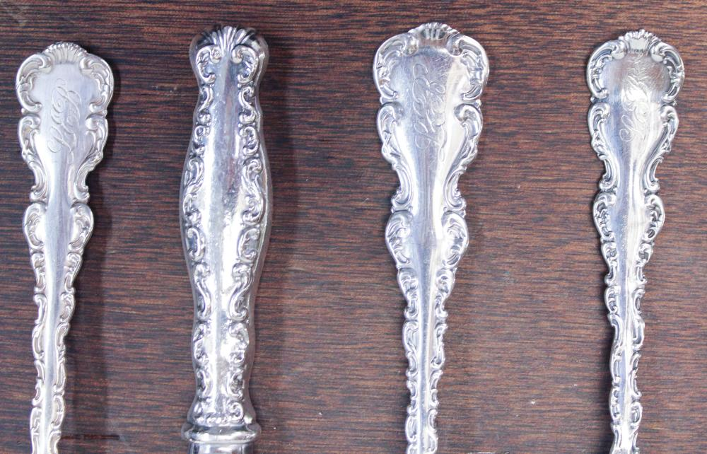 "Lot 435: WHITING DIVISION ""LOUIS XV"" STERLING SILVER FLATWA"