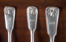 "Lot 445: TIFFANY & CO. ""SHELL AND THREAD"" STERLING SILVER FLATWARE"
