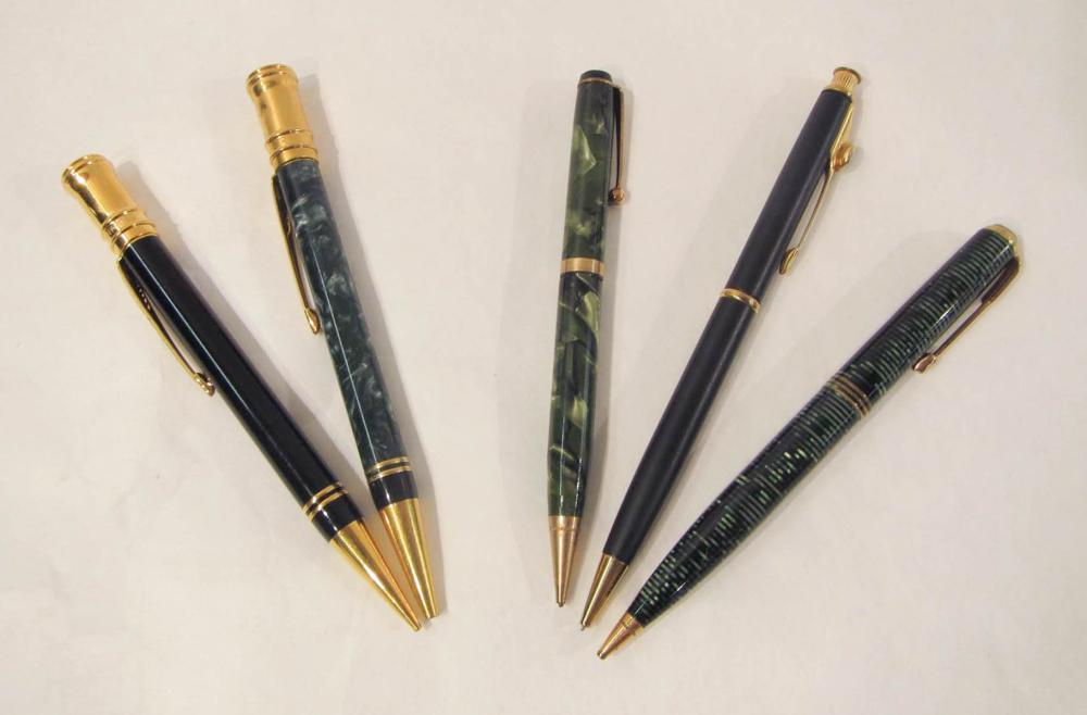 COLLECTION OF FIVE PARKER PENS/PENCILS, Duofold ba