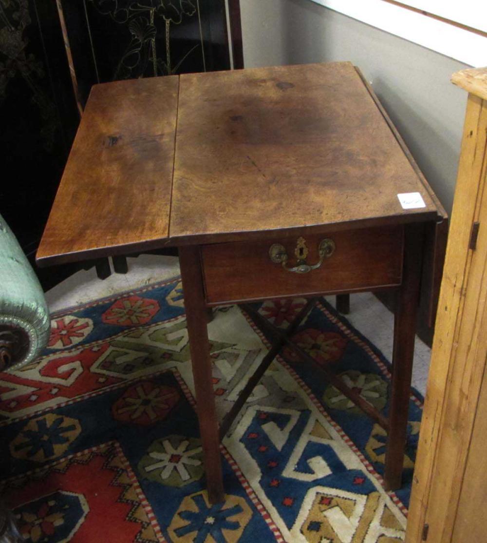 Lot 522: GEORGE III PERIOD WALNUT DROPLEAF PEMBROKE TABLE,