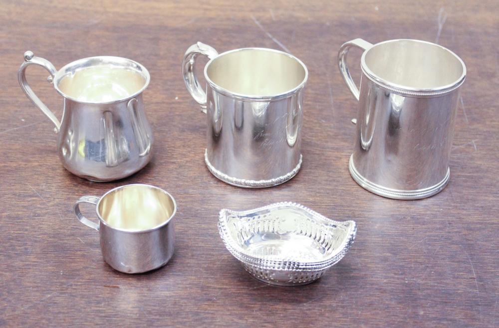 Lot 567: NINE STERLING SILVER HOLLOWWARE ITEMS, including s