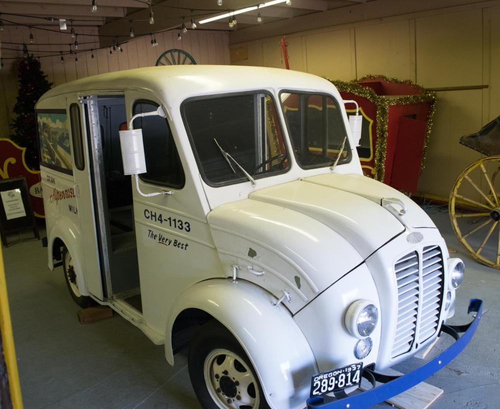 1937 ALPENROSE DAIRY DELIVERY TRUCK