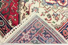 Lot 70: HAND KNOTTED ORIENTAL RUNNER, Persian Serab design