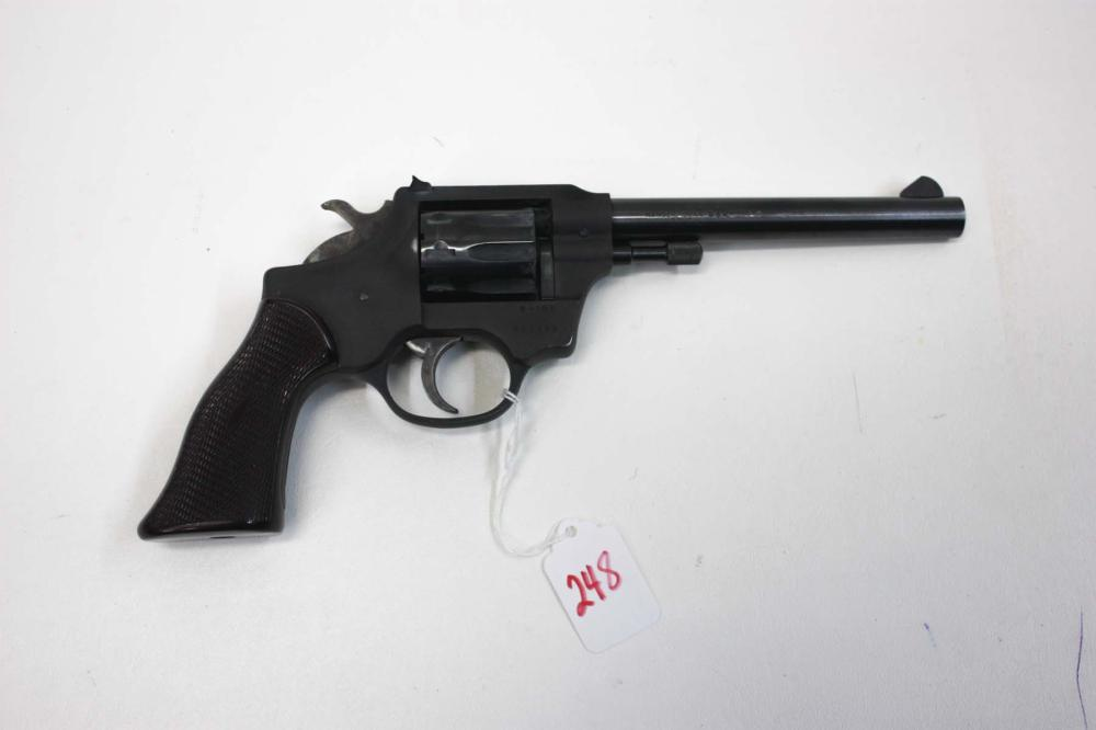 Lot 248: HIGH STANDARD MODEL R-101 SENTINEL DOUBLE ACTION R