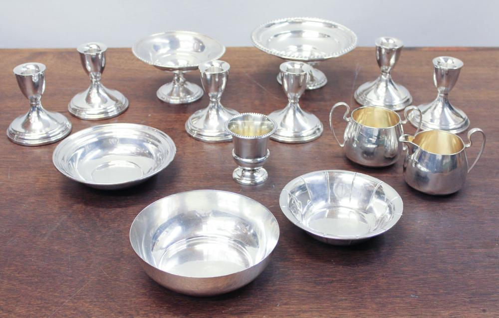 Lot 284: FOURTEEN ASSORTED STERLING SILVER TABLEWARE ITEMS,