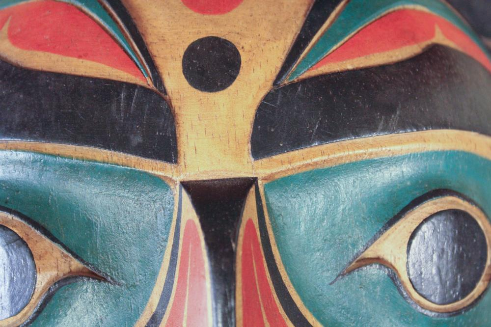 Lot 75: NORTHWEST COAST NATIVE AMERICAN MASK, carved and p