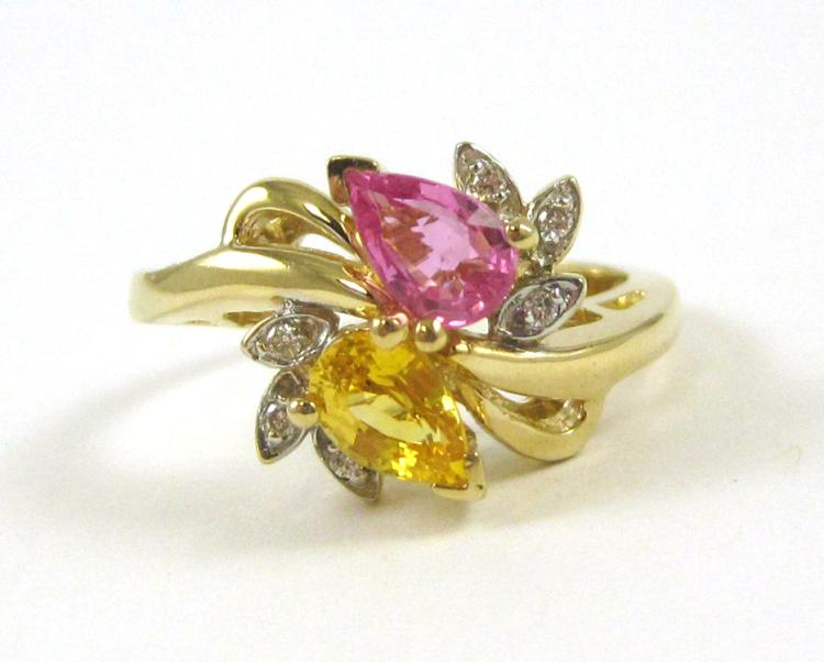 COLORED SAPPHIRE AND FOURTEEN KARAT GOLD RING, set