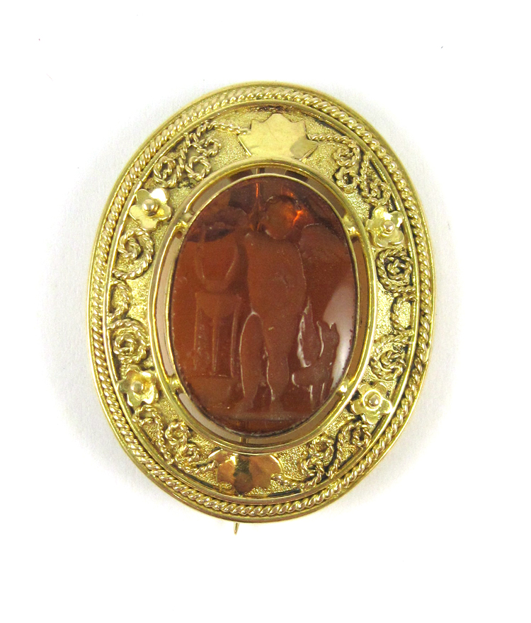 INTAGLIO AND FOURTEEN KARAT GOLD PENDANT/BROOCH, c