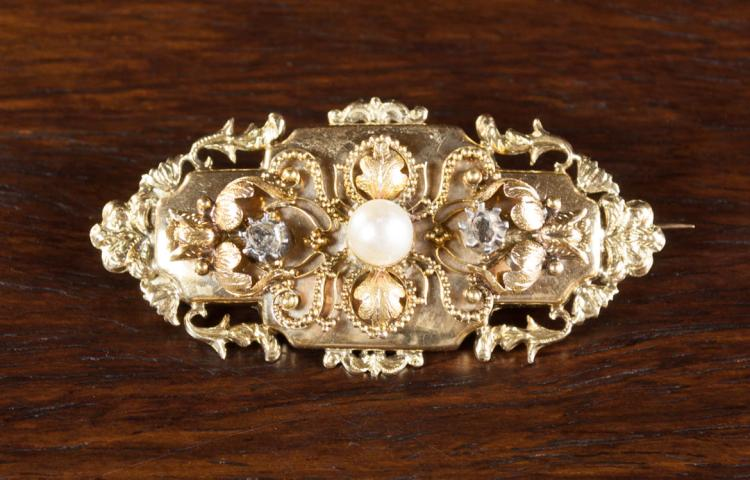 PEARL, DIAMOND AND FOURTEEN KARAT GOLD BROOCH, set