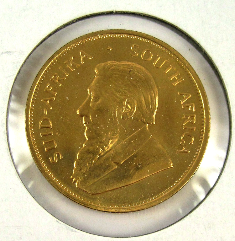 FOUR SOUTH AFRICAN KRUGERRAND GOLD COINS, each 1 o