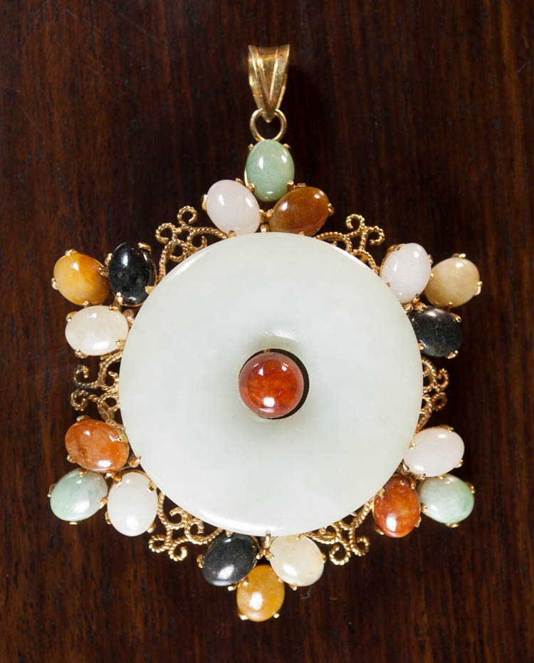 MULTI-COLOR JADE AND YELLOW GOLD PENDANT.  The 14k