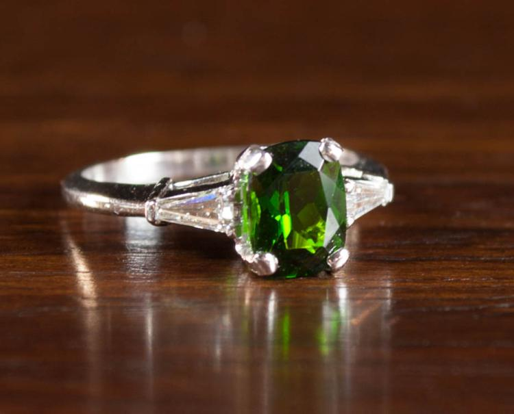 CHROME DIOPSIDE, DIAMOND AND PLATINUM RING, with t