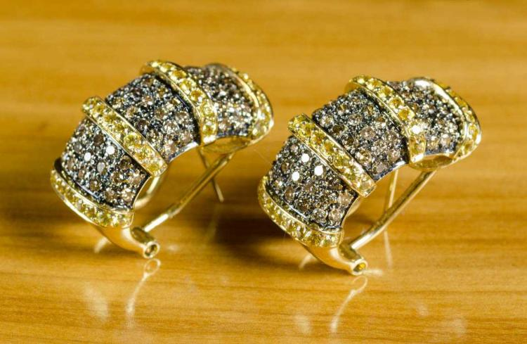 PAIR OF CHAMPAGNE DIAMOND AND YELLOW SAPPHIRE EARR