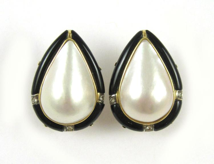 PAIR OF MABE' PEARL AND BLACK ONYX EARRINGS, each
