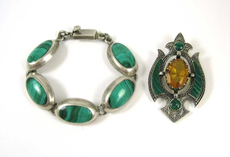 TWO ARTICLES OF MALACHITE AND SILVER JEWELRY, incl