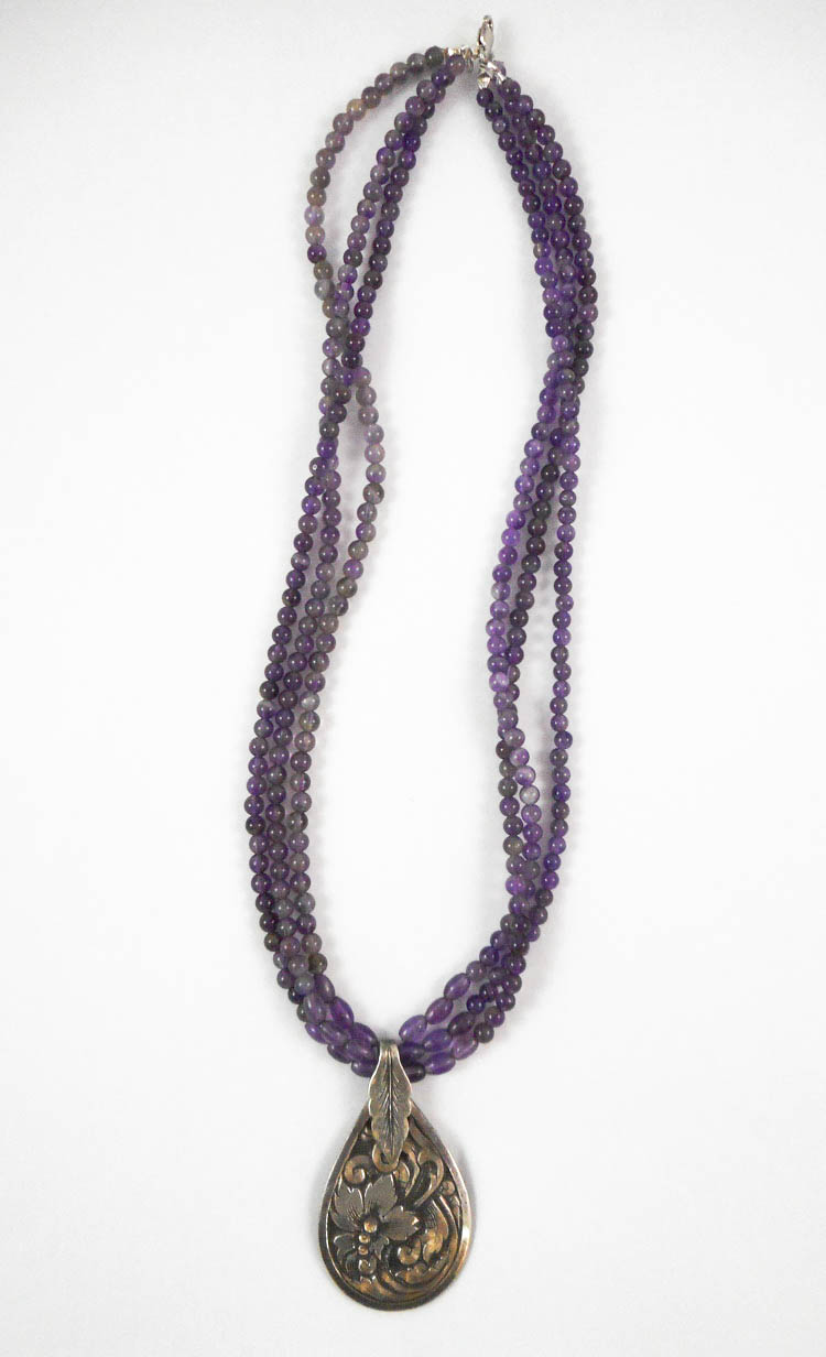 MULTI-STRAND AMETHYST NECKLACE, measuring 17-1/2 i