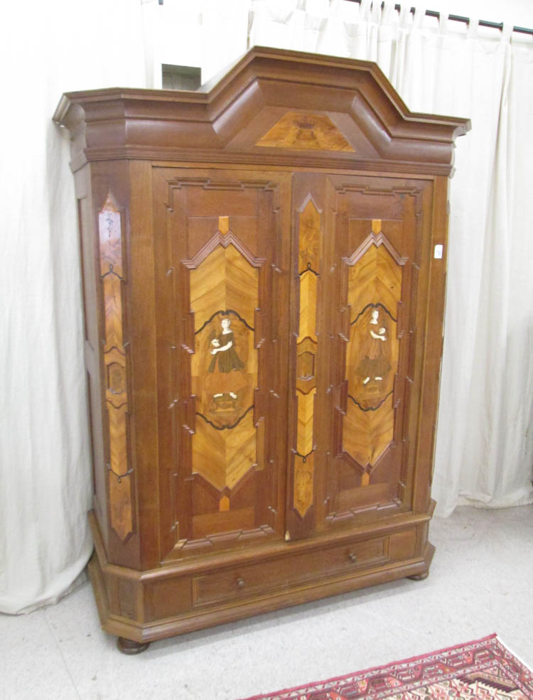 BAROQUE STYLE INLAID OAK AND WALNUT SCHRANK, Germa