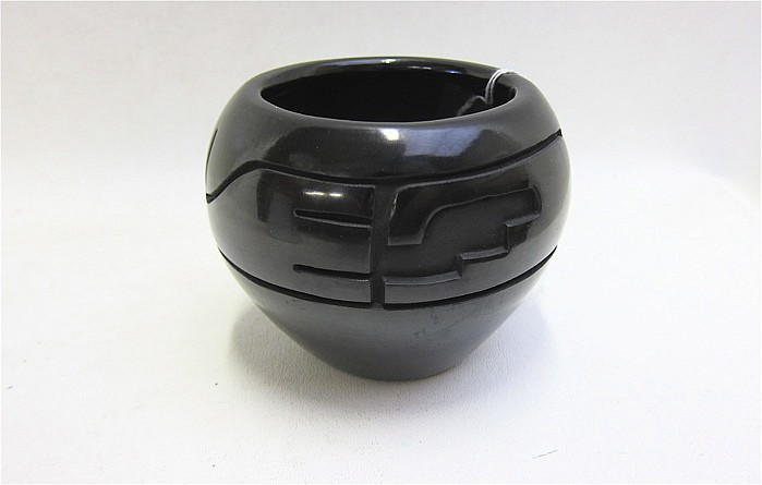 COOKIE TAFOYA PEREZ BLACKWARE POTTERY BOWL