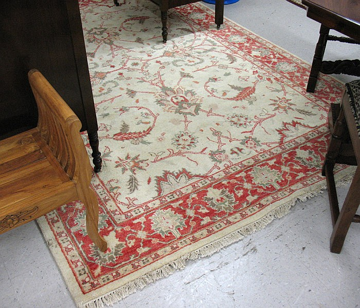 HAND KNOTTED ORIENTAL CARPET, Indo-Chobi, overall