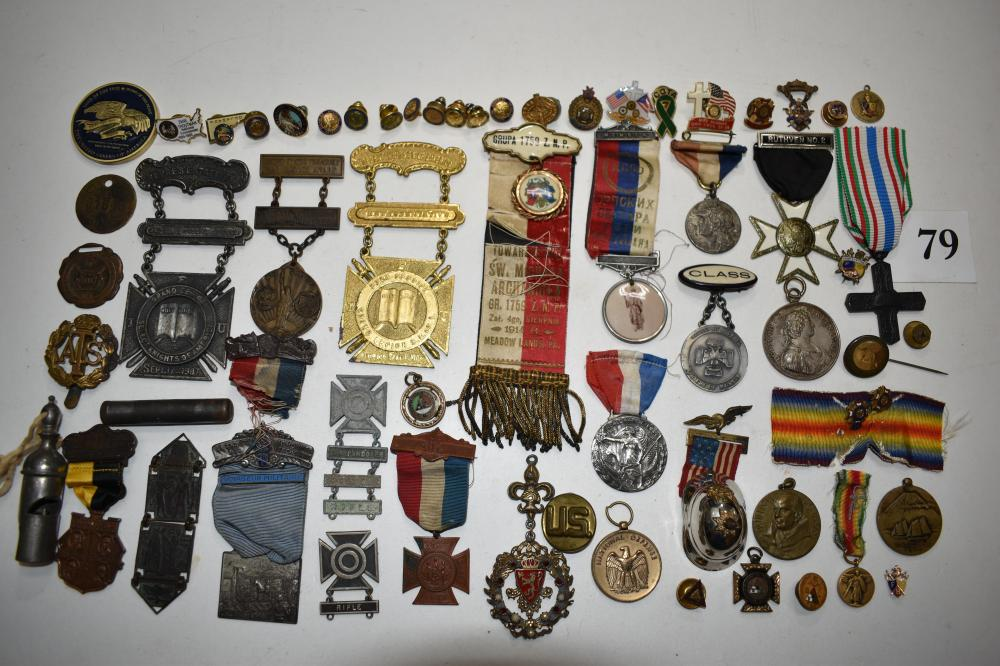 Military Medals, Pins, Buttons