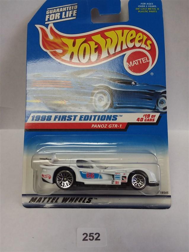 1998 Hot Wheels First Editions Panoz GTR-1 657