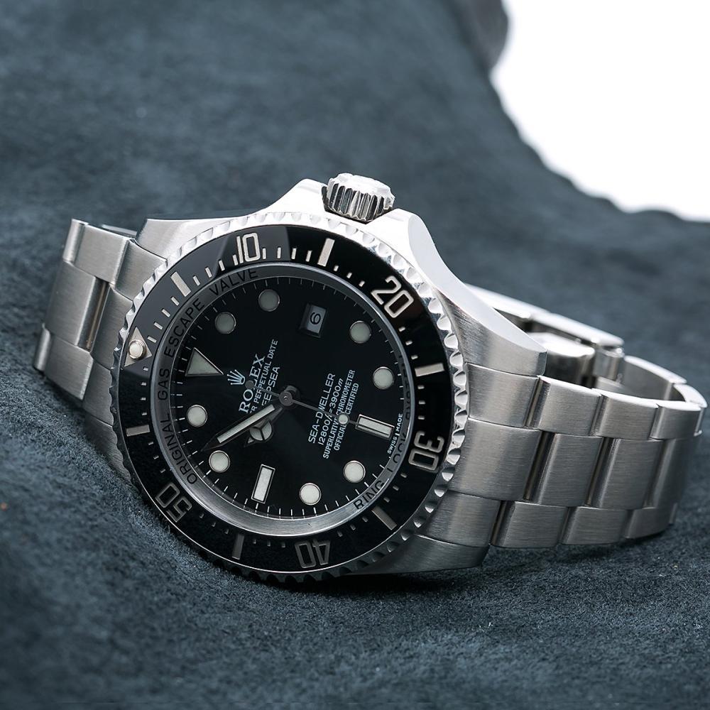 ROLEX SEA-DWELLER DEEPSEA 116660 44MM BLACK DIAL WITH STAINLESS STEEL BRACELET