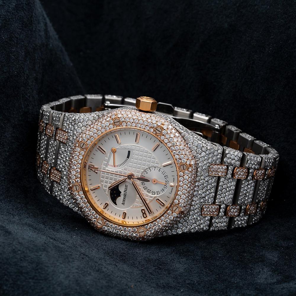 AUDEMARS PIGUET ROYAL OAK 25168SR 39MM WHITE MOON PHASE DIAL WITH 22.75 CT DIAMONDS