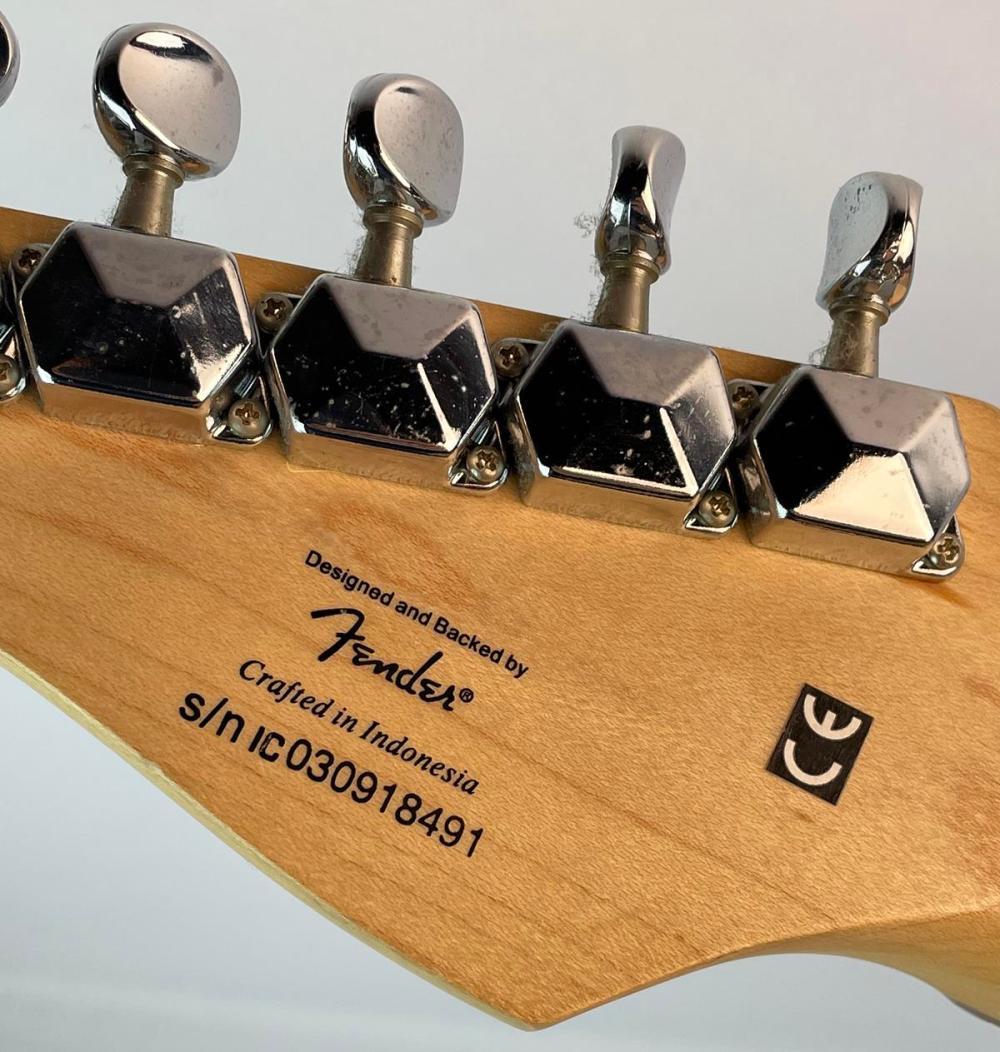 Fender Squire Mini Electric Guitar w/ Rosewood Fretboard