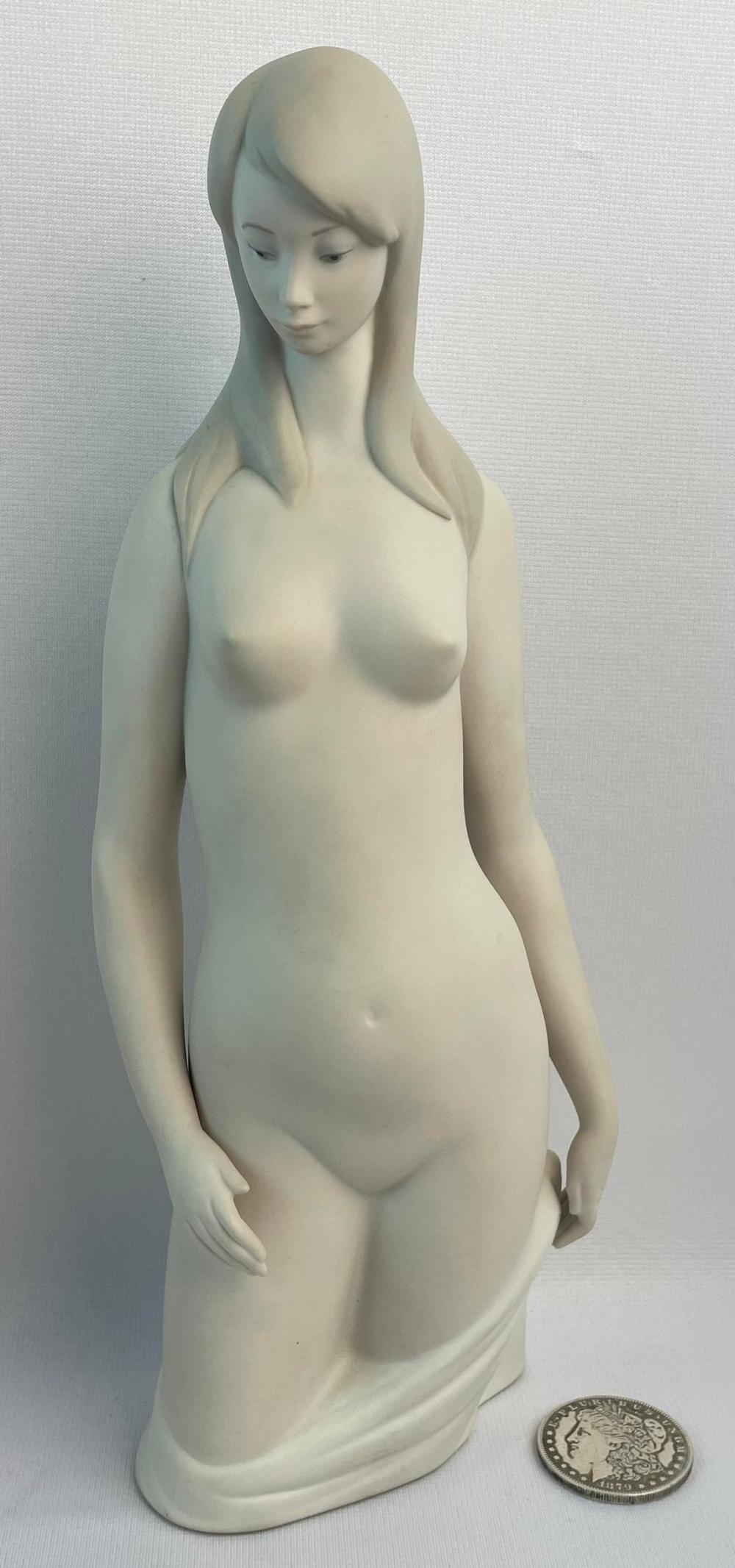 Vintage c. 1980 Lladro Nude Woman Porcelain Matte Figurine