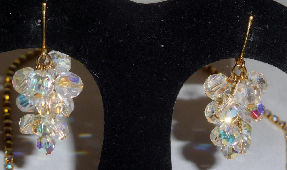 Lot 29: Vintage Signed Celebrity AB Rhinestone & Bead Necklace & Earring Set