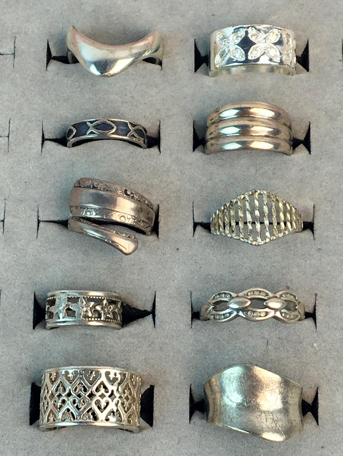 Large lot of 10 Sterling Silver Rings (Towle, Diamond Cut, Etc.)
