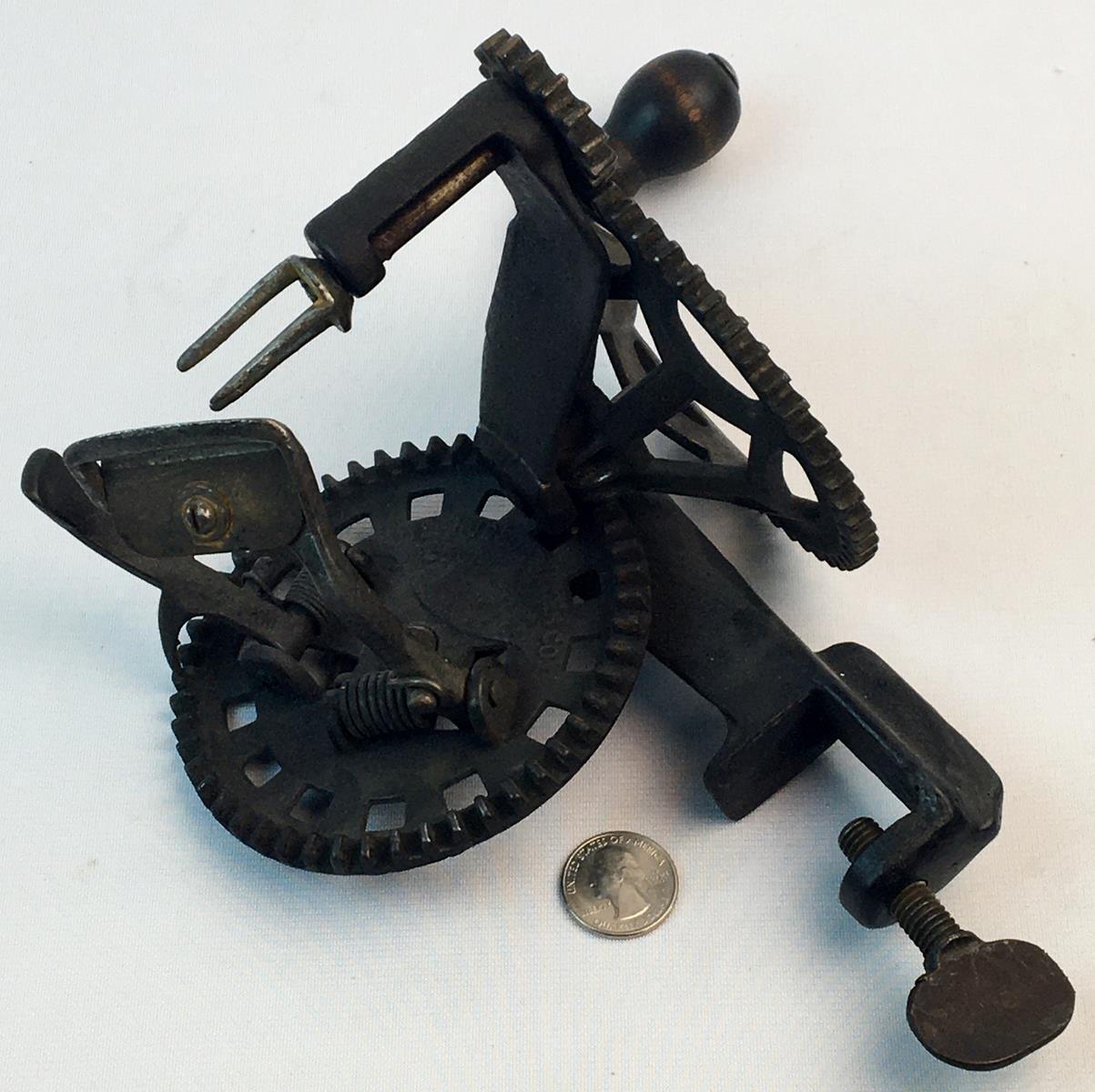 Antique c. 1882 Hudson Parer Co. Cast Iron Apple Peeler WORKS