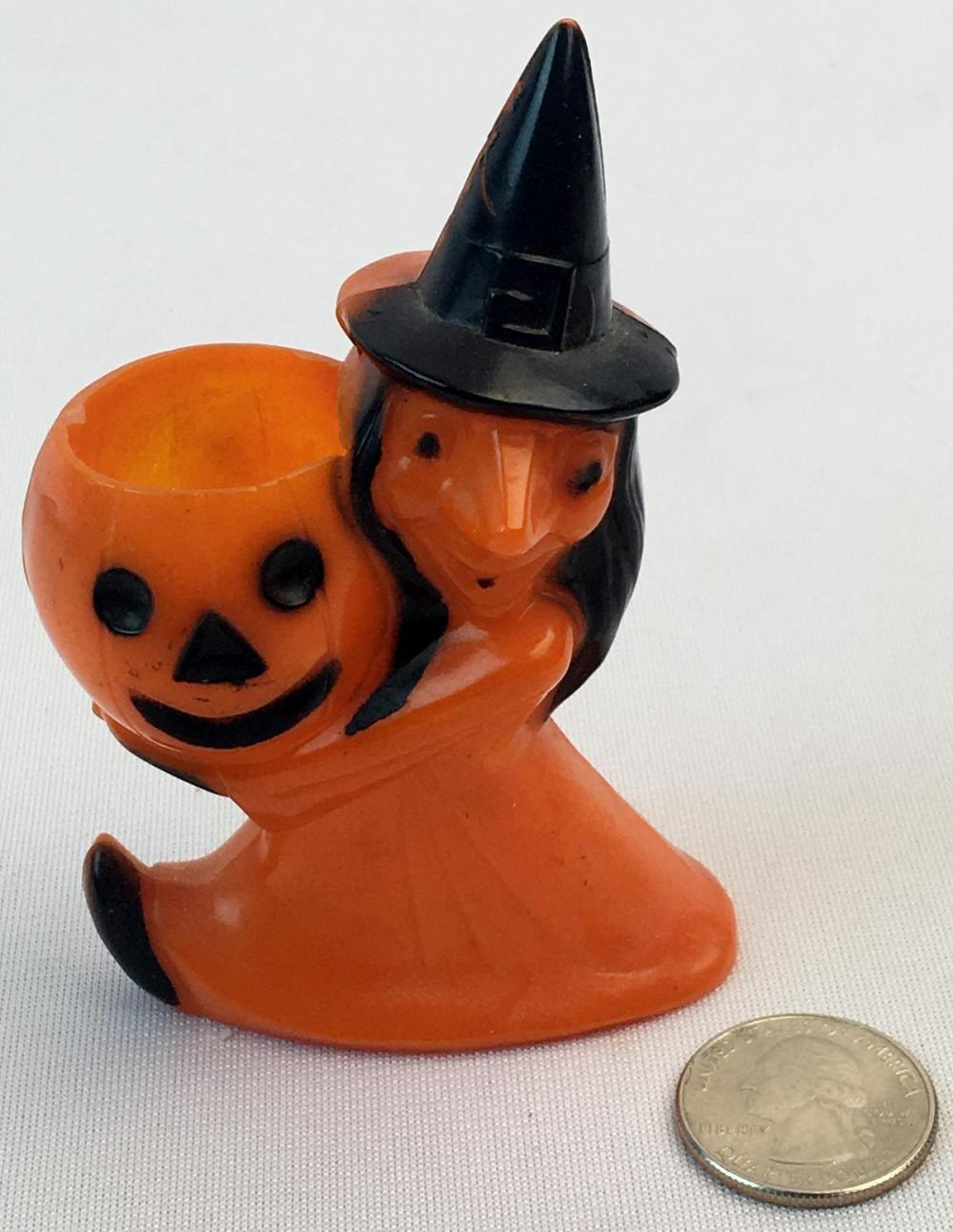 Vintage 1950's Rosbro Halloween Witch Holding a Jack-O-Lantern Hard Plastic Candy Container