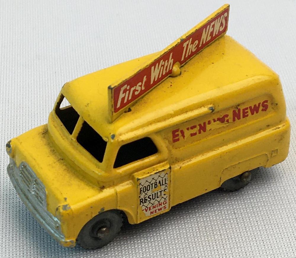 Vintage 1957 Lesney Matchbox No. 42 Evening News Van w/ Gray Wheels