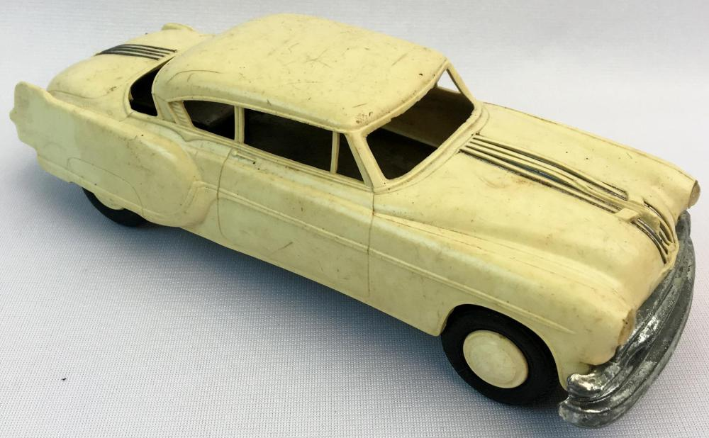 Vintage 1950's Pontiac Chieftain Deluxe Two Door Hard Top Friction 1:25 Scale AMT Promo Car WORKS