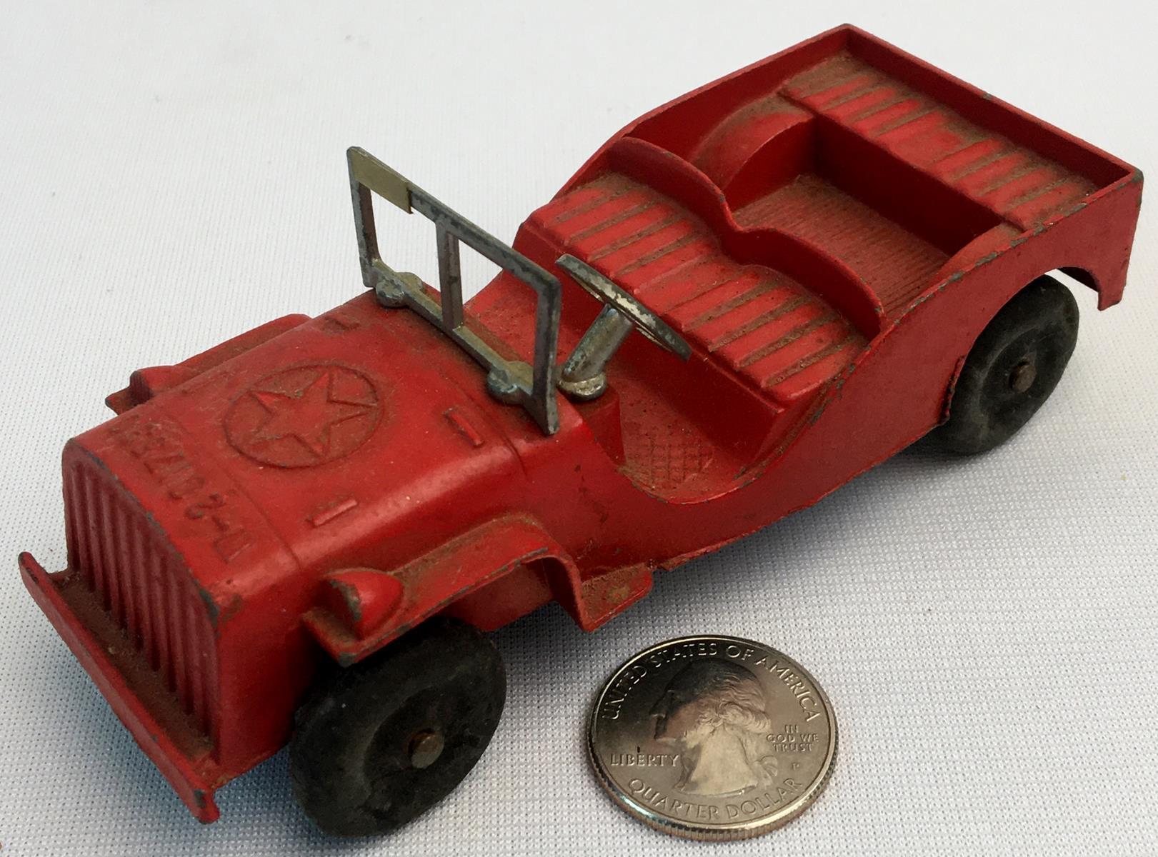 Vintage 1950's Tootsietoy Die-Cast Red Army Jeep W-2017590