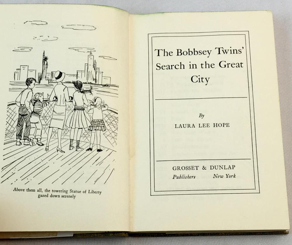 1960 The Bobbsey Twins' Search in The Great City by Laura Lee Hope w/ Dust Jacket FIRST EDITION