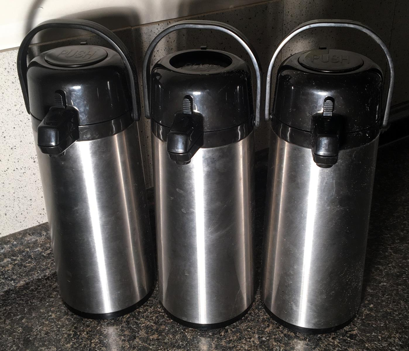 Lot of 3 Service Ideas Portable Coffee Urns