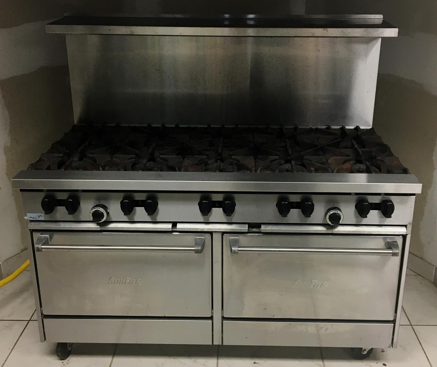 Garland Sunfire Commercial Stainless Steel 10 Burner Gas Range / Double Oven