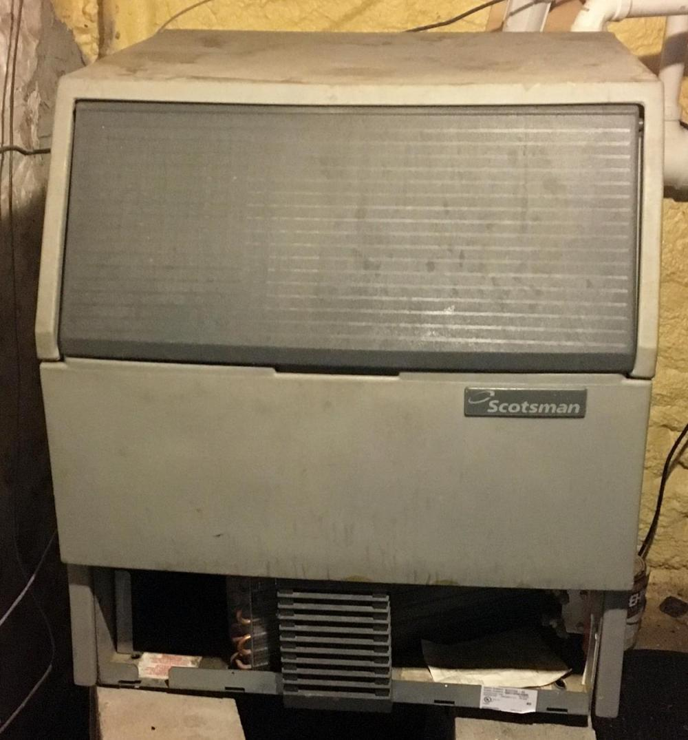 Scotsman SCE275 Air Cooled Ice Machine