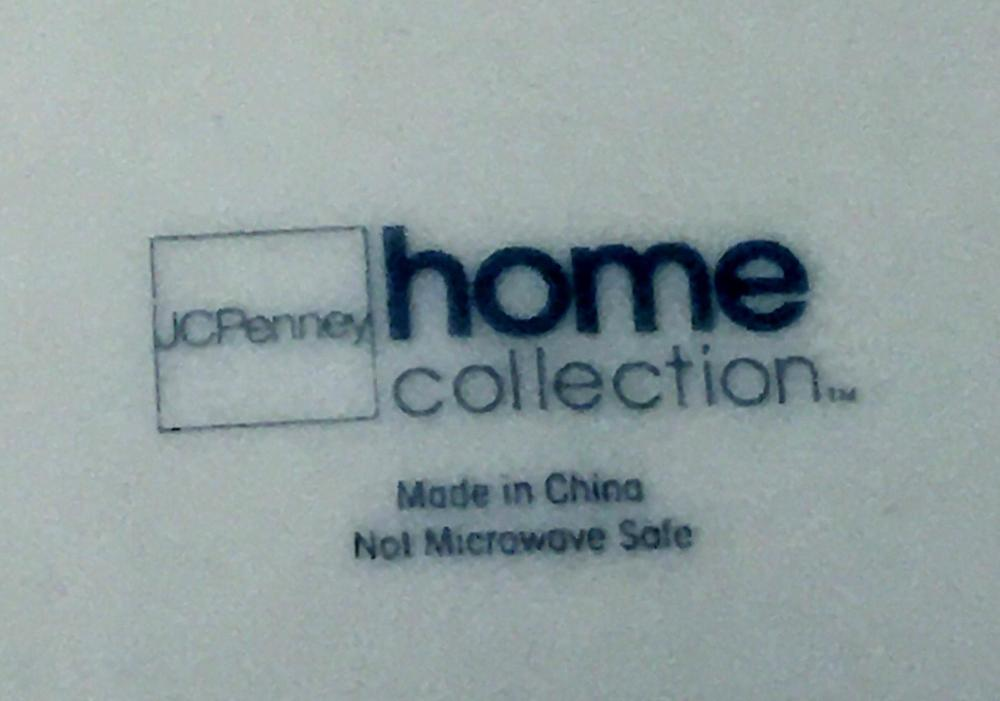 Large 646 Piece JC Penny Home Collection China Set w/ Gold Trim