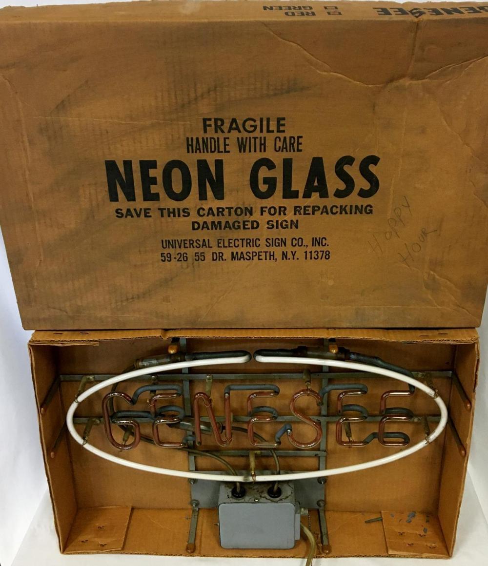 Vintage 1970's Genesee Neon Beer Lighted Sign w/ Original Box WORKS